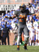 Vols position preview: Secondary mixes experience with youth