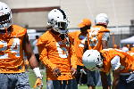 Graduate transfer cornerback Shaq Wiggins still learning Vols way [photos]
