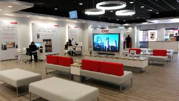 Comcast Xfinity adds mobile service, opens store at Hamilton