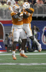 Shoop: Don't judge Tennessee defense yet