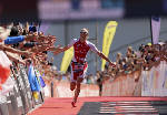 Daniela Ryf becomes first to win three Ironman 70.3 Championships with victory in Chattanooga [photos]