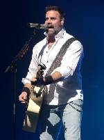 Engine problems caused helicopter crash that killed Troy Gentry