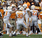 Pass rush helps sluggish Tennessee outlast UMass 17-13