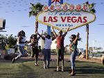 Only days after massacre, party resumes on Las Vegas Strip