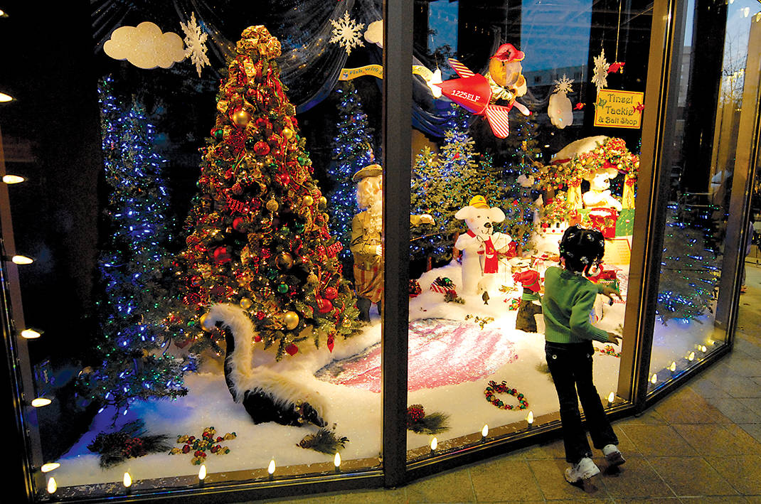 a look behind the magic of epb holiday windows times free press