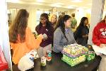 Ooltewah High School students use holiday to help others