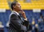 Wiedmer: UTC's Lamont Paris proving that great coaching doesn't always deliver wins