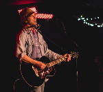 Singer-songwriter Todd Snider reaches out at Walker Theatre