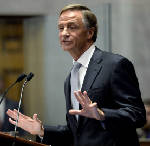 Tennessee governor's plan to restructure UT Board of Trustees draws concerns