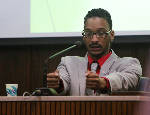 Johnthony Walker trial: Jurors to resume deliberations in fatal bus crash case