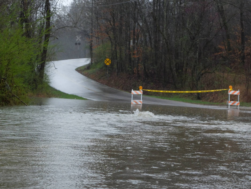 list of chattanooga area delays closures following heavy rainfall
