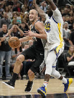 Ginobili, Aldridge help Spurs beat Warriors to avoid sweep