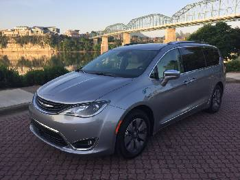 Test Drive Chrysler Pacifica Hybrid The Future Of Family Transportation