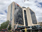 'M' in Marriott hotel sign catches fire