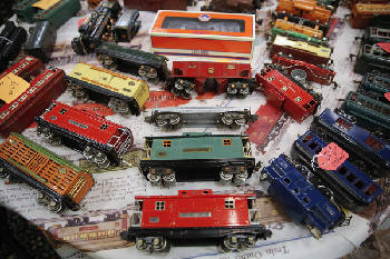 Catoosa County Colonnade hosts model train show