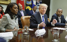 Reality White House: Trump, Omarosa trade insults, charges