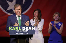 Chattanooga Mayor Andy Berke endorses Karl Dean for governor