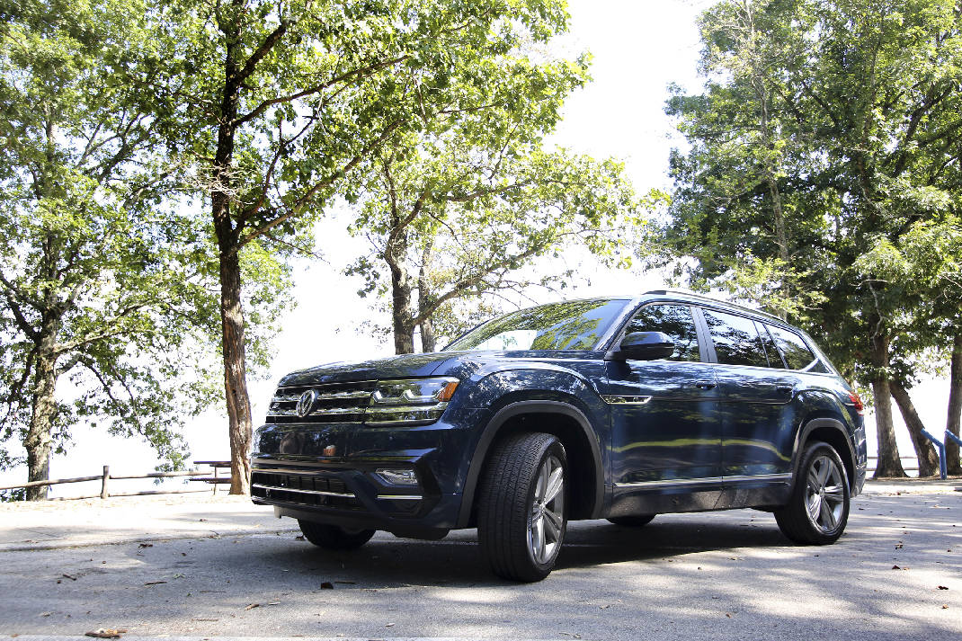 Chattanooga-made VW Atlas wins award | Times Free Press
