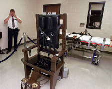 Man's lethal injection fight may lead him to electric chair