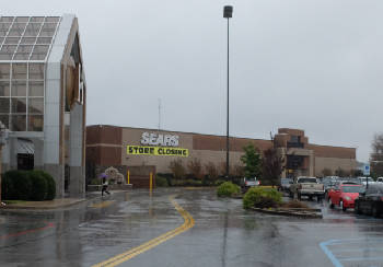 The Site Of Sears At Hamilton Place Mall Is Slated For Redevelopment New Uses Include A Dave Buster S Restaurant Entertainment Complex