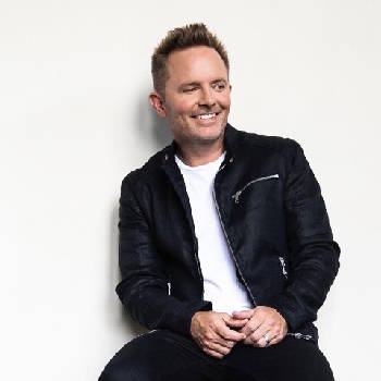 Sing Christmas songs of worship Thursday with Chris Tomlin