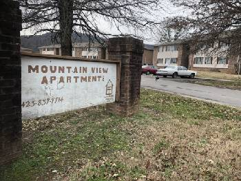 South Pittsburg leaders search for solutions with troubled apartment complex