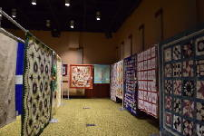 Tennessee State Museum exhibits 2 centuries of quilts