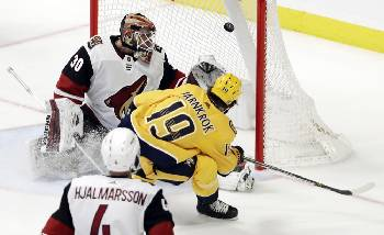 Preds End Long Power Play Goal Drought Beat Coyotes 5 2 Times