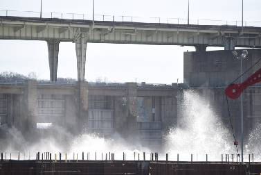 Ten-day rain onslaught leaves Tennessee River raging, but