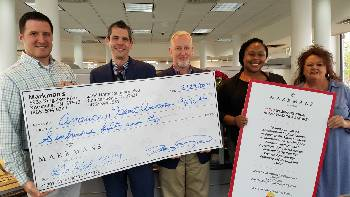 """Good Deed: Markman's guests and customers went """"Red for Women"""""""