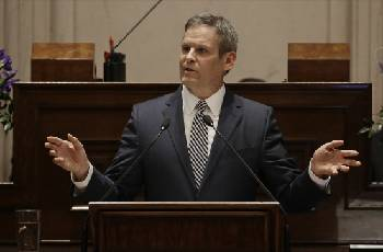 House Republicans add 'sunset' provision to Lee's charter schools' authorizer bill