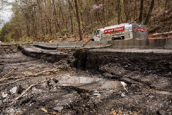 Work to fix landslide damage to U S  41 in Marion County to
