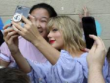 Taylor Swift to release new song, music video called 'ME!'