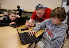 Signal Mountain Middle School awarded 3D printer after students complete 5,000 courses of online training