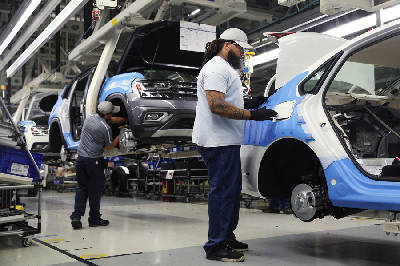counting the costs benefits of uaw membership at volkswagen chattanooga chattanooga times free press counting the costs benefits of uaw