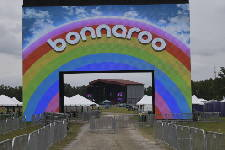 Group says it signed up almost 1,400 new voters at Bonnaroo
