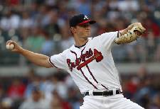 Wiedmer: Red-hot Braves still need a closer to cool down opponents' bats