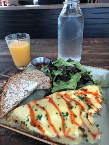Restaurant Review: First Watch's crab omelet brings home flavor of the beach