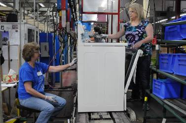 GE Appliances investing $130 million, adding 300 jobs in