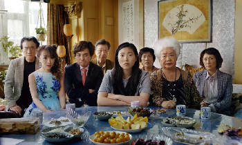 Film Review: A lovely, bittersweet family story in 'The Farewell' [trailer]