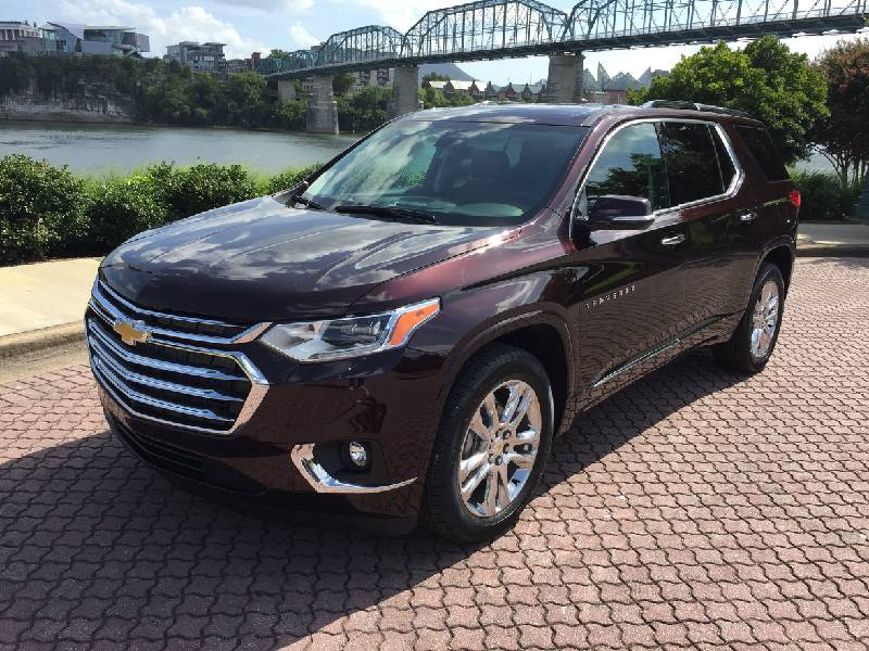 Test Drive: New 2020 Chevy Traverse High Country mixes ...