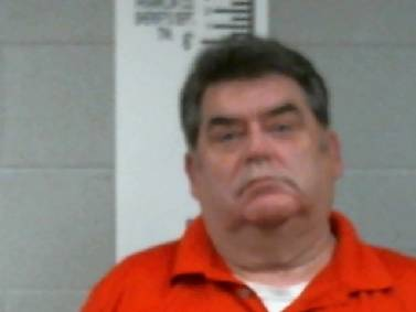 Former probation officer, Decherd, Tennessee, mayor charged