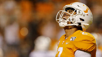 Wiedmer: Bad start to season has Vols in a heap of trouble