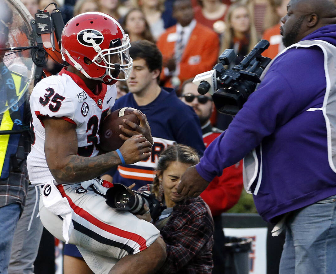 Photographer from Ringgold injured at Georgia-Auburn ...