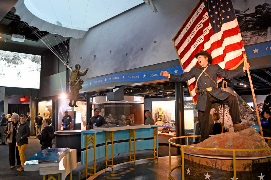National Medal of Honor Heritage Center opens with patriotic welcome in downtown Chattanooga