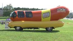 Wienermobile stops in Chattanooga