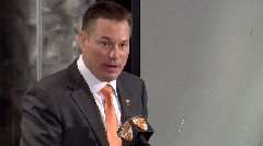 Butch Jones introduced as new Tennessee coach