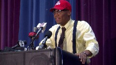 Vonn Bell signs with Ohio State University